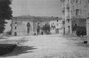 La piazza nell'immediato dopoguerra